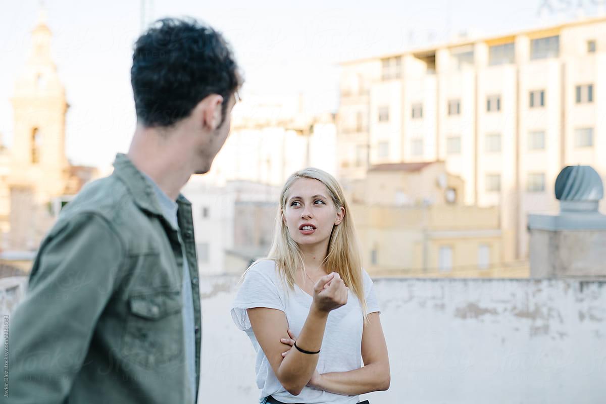 L'art de la conversation : trouver le bon ton