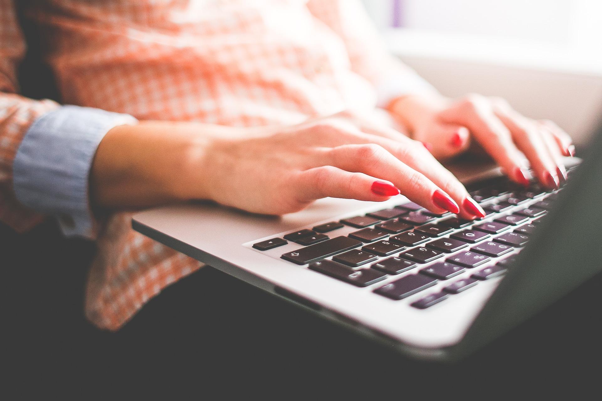 Rédiger une annonce sur un site de rencontre